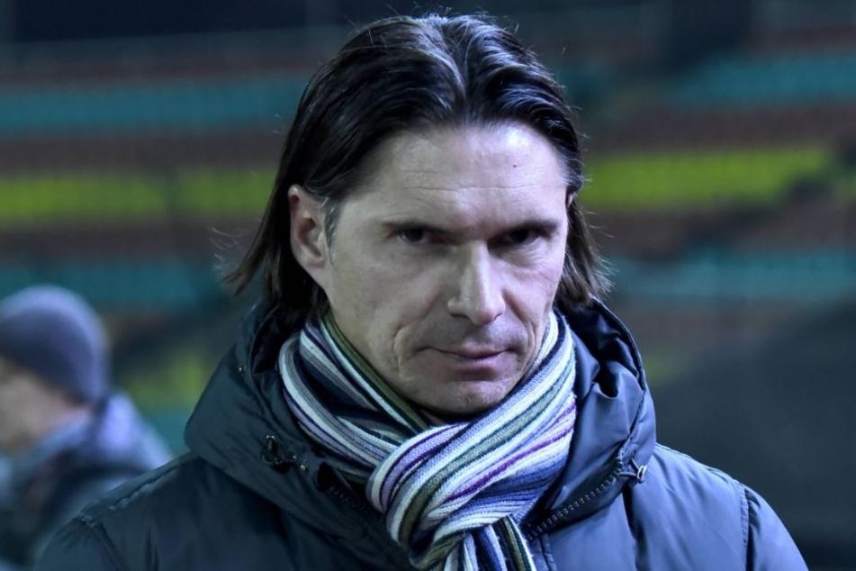 Der Blick von RWE-Coach Thomas Brdaric war genau so, wie seine Jungs spielten: Entschlossen.
