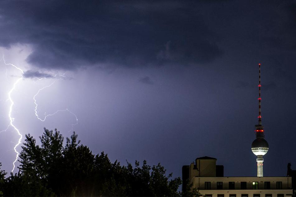 Wie stark das Unwetter in Berlin ist, kann der Deutsche Wetterdienst noch nicht sagen. (Symbolbild)