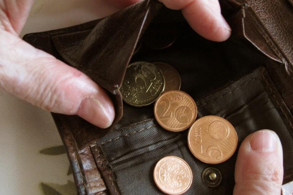 Fast jeder dritte Arbeitslose gab an, sich nicht immer volle Mahlzeiten leisten zu können. (Symbolbild)