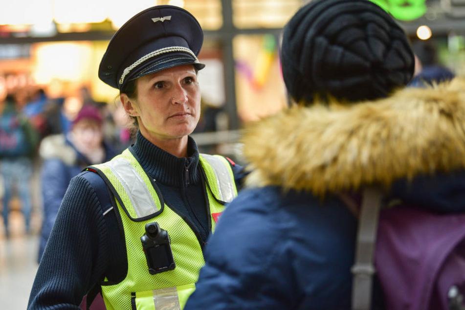Zu Testzwecken wurden die Bodycams bei der Polizei und bei der Bahn bereits getestet.