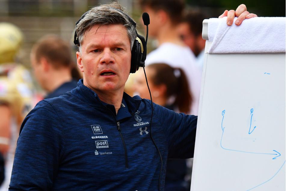 Coach Ulrich Däuber (51) findet hoffentlich die richtige Taktik für seine Jungs.