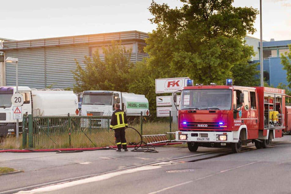 Mit vereinten Kräften war der Brand innerhalb von 45 Minuten gelöscht.