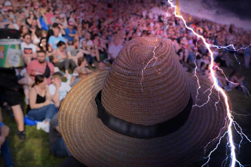Festival mit 5000 Teilnehmern muss wegen Unwetter evakuiert werden!