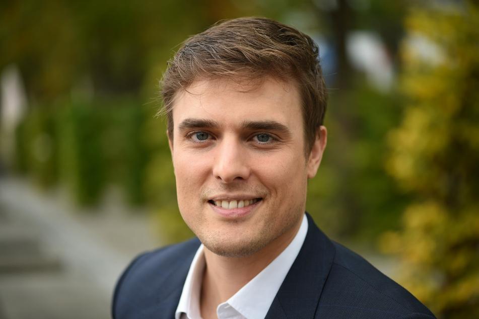 """Der neue """"Tagesschau""""-Sprecher Constantin Schreiber ist mit einer Spitzenquote und viel Lob gestartet."""
