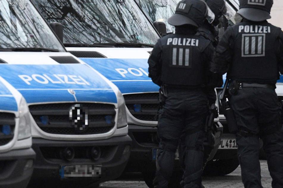 Zahlreiche Polizei-Kräfte waren in Mainz-Oberstadt vor Ort (Symbolbild).