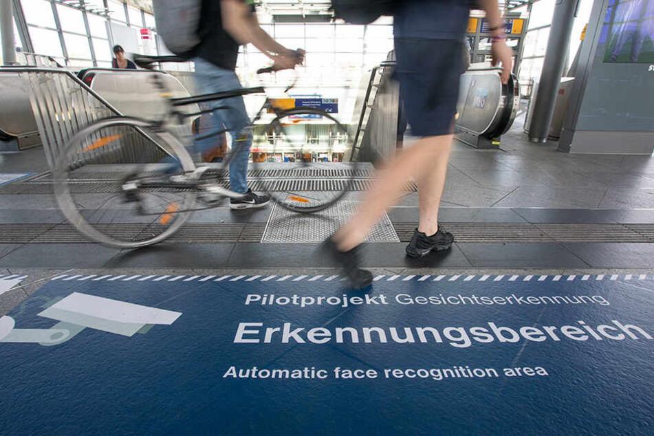Seit dem 1. August wird der Bahnhof Südkreuz überwacht.