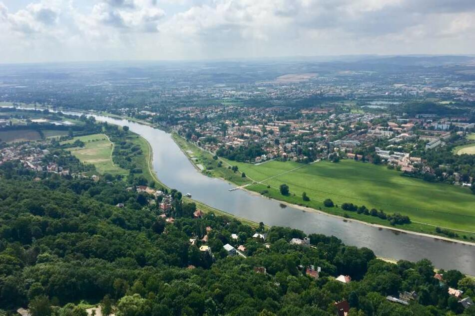Blick vom Fernsehturm elbaufwärts Richtung Heidenau