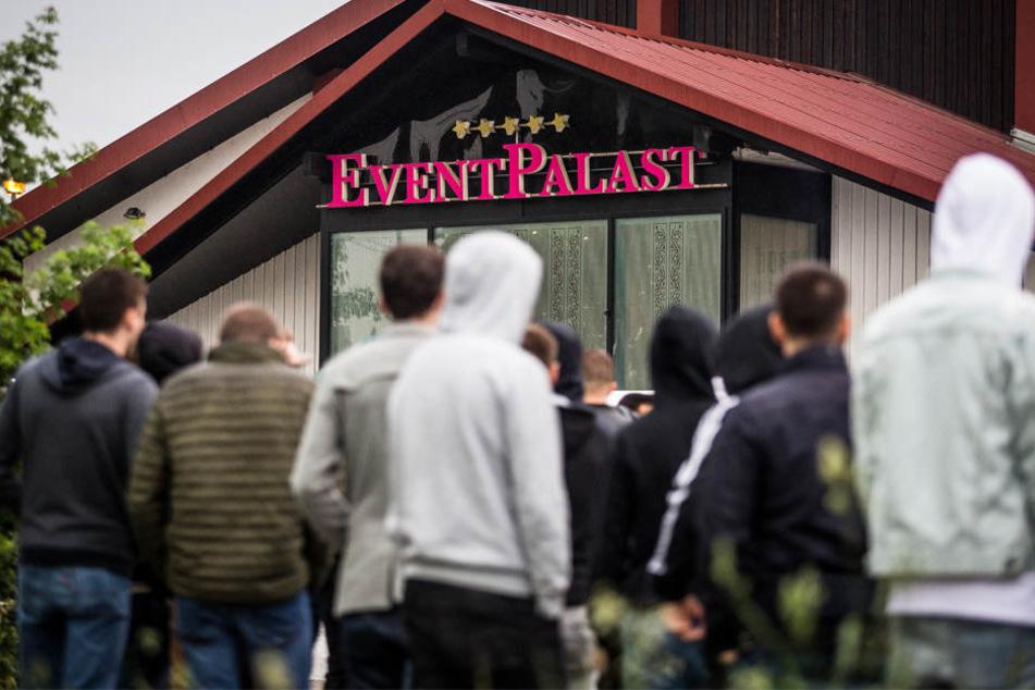 Zum Konzert kamen rund 300 bis 400 Besucher in den Eventpalast.