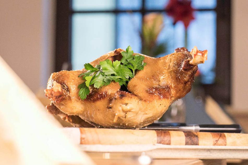 Armin Schumann bereitet traditionelle Gerichte so zu, wie er sie schon als Kind  geliebt hat.