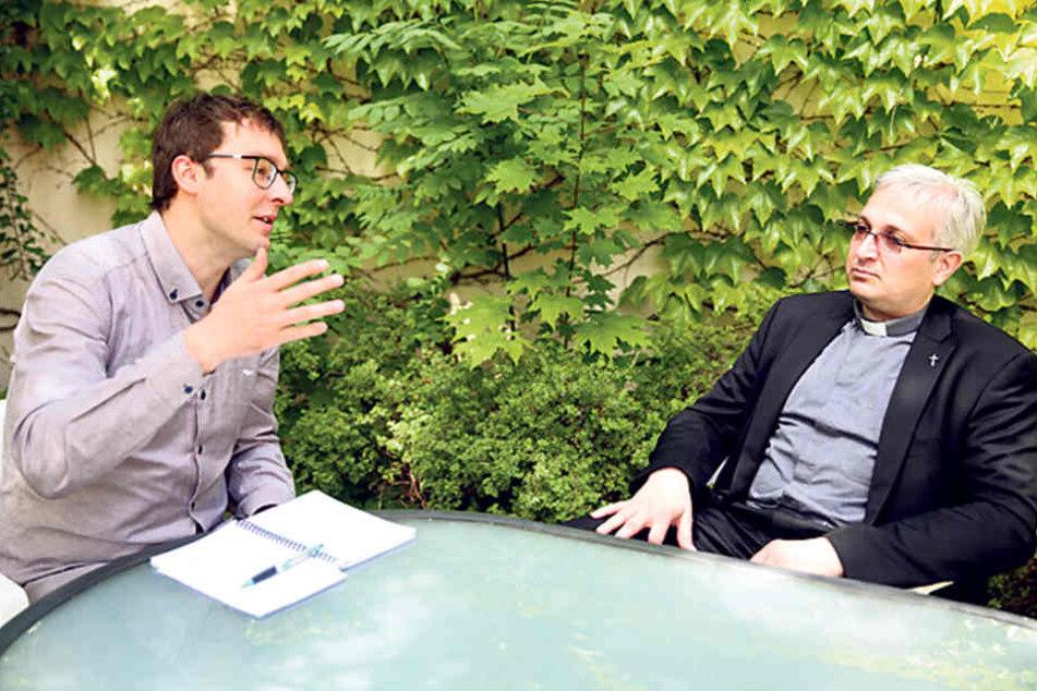 Im Gespräch mit TAG24-Reporter Hermann Tydecks (34) erklärt der Gottesmann,  wie es zum Bruch in seinem Leben kam.