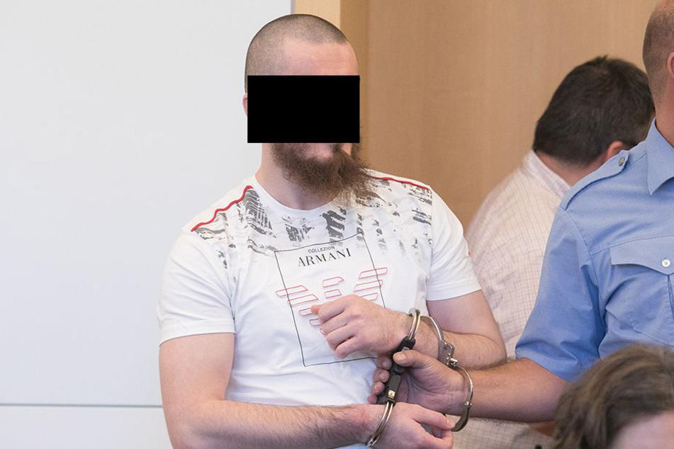 """Isa S. (31) sitzt nun """"doppelt"""" in U-Haft: Die Haftbefehle lauten auf versuchten Totschlag und Verabredung zum Mord. (Archivbild)"""