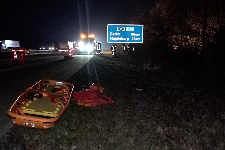 Der Beifahrer der 35-Jährigen musste von der Feuerwehr aus dem Auto befreit werden.