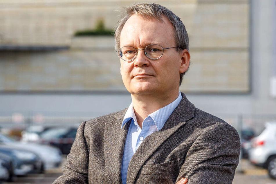 Stadtrat Tilo Wirtz (52, Linke) überprüft jeden Straßennamen auf Verwicklungen zur Nazi-Zeit.