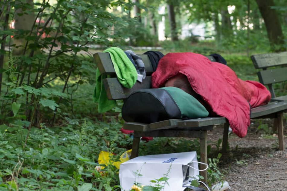 Die Obdachlosenhilfe in Berlin stagniert. (Symbolbild)