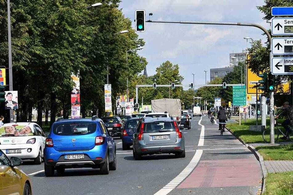 In der Dresdner Innenstadt kann das Autofahren schon einmal zur Qual werden. Sollte es aber nicht.
