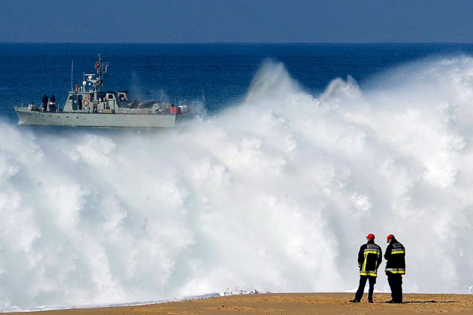 Der Deutsche wurde tot in einem Rettungsboot gefunden - sein Begleiter wird noch vermisst. (Symbolbild)