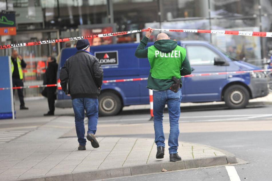 Köln: Alle Fakten: So lief der brutale Überfall auf den Geldtransporter am Flughafen Köln/Bonn ab