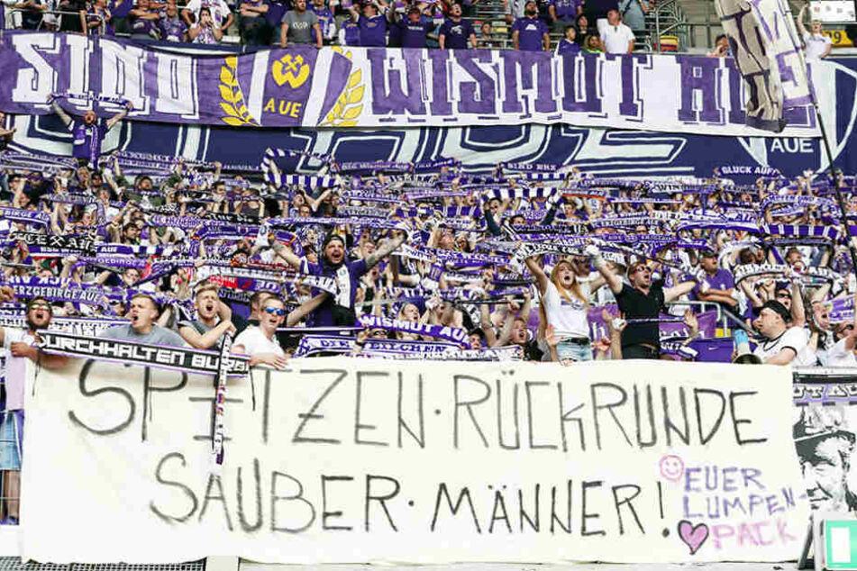 """Der Dank der Auer Fans an ihr Team: """"Spitzenrückrunde - Sauber Männer!"""""""
