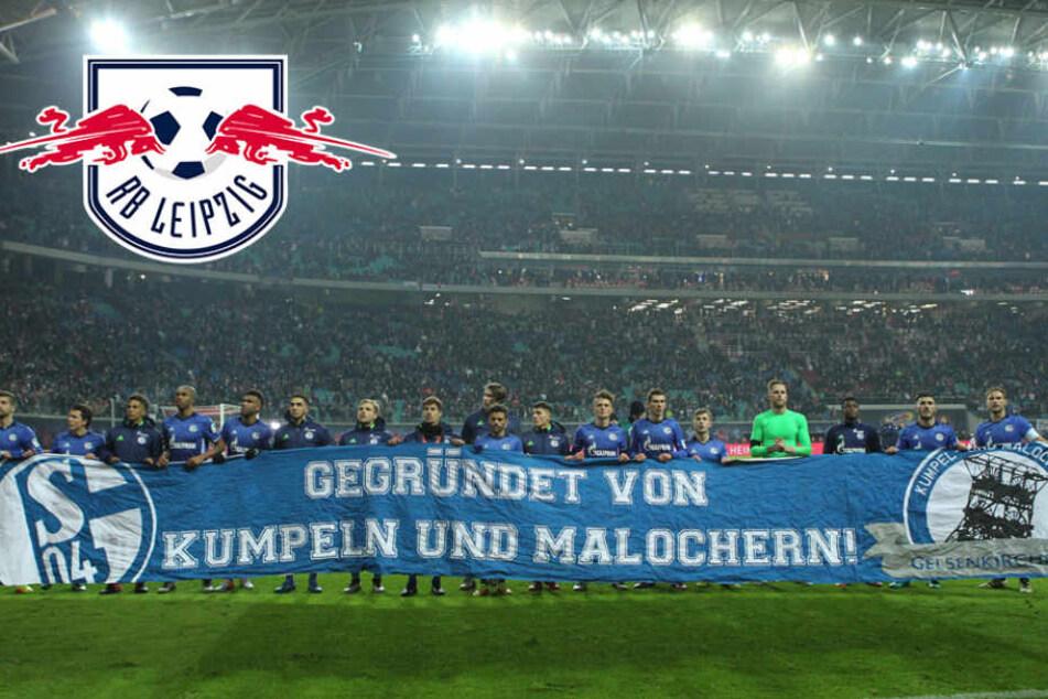 Hier zeigen die geschlagenen Schalke-Spieler, was sie von RB Leipzig halten