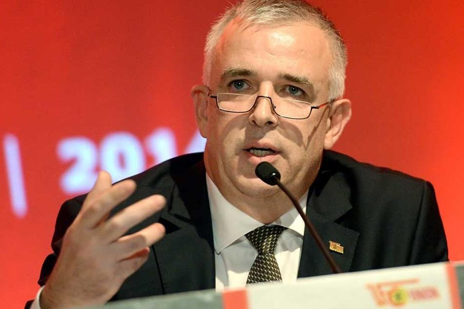 Union-Präsident Dirk Zingler hat sich zum Rauswurf von Jens Keller geäußert.