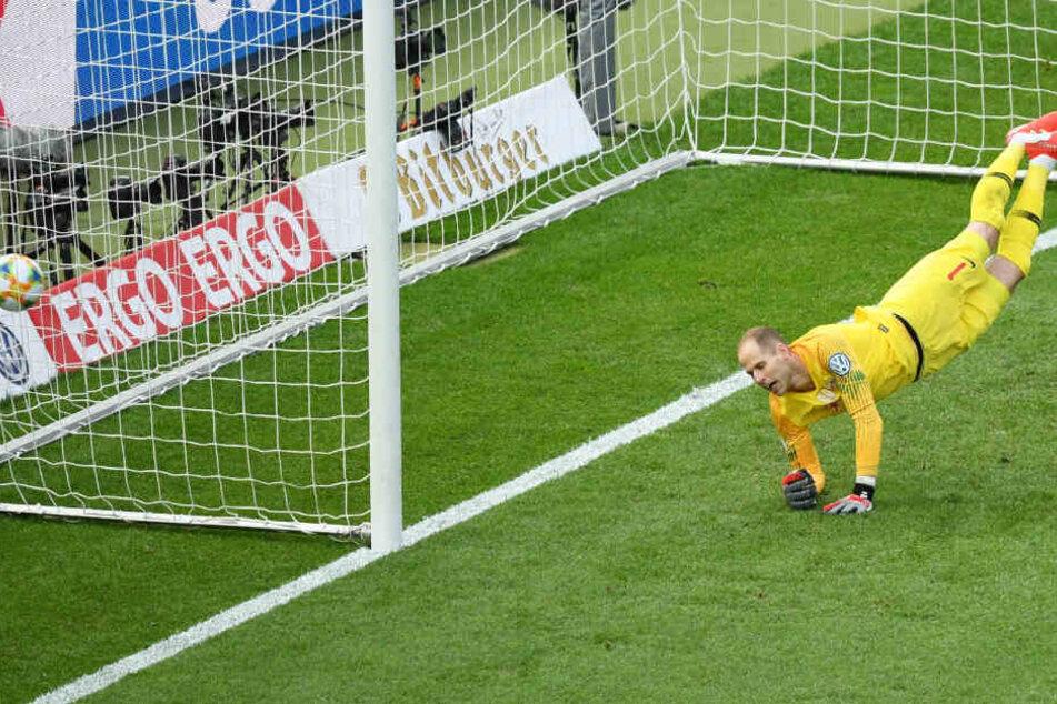 RB-Keeper Péter Gulácsi musste in Durchgang eins einen Gegentreffer hinnehmen.