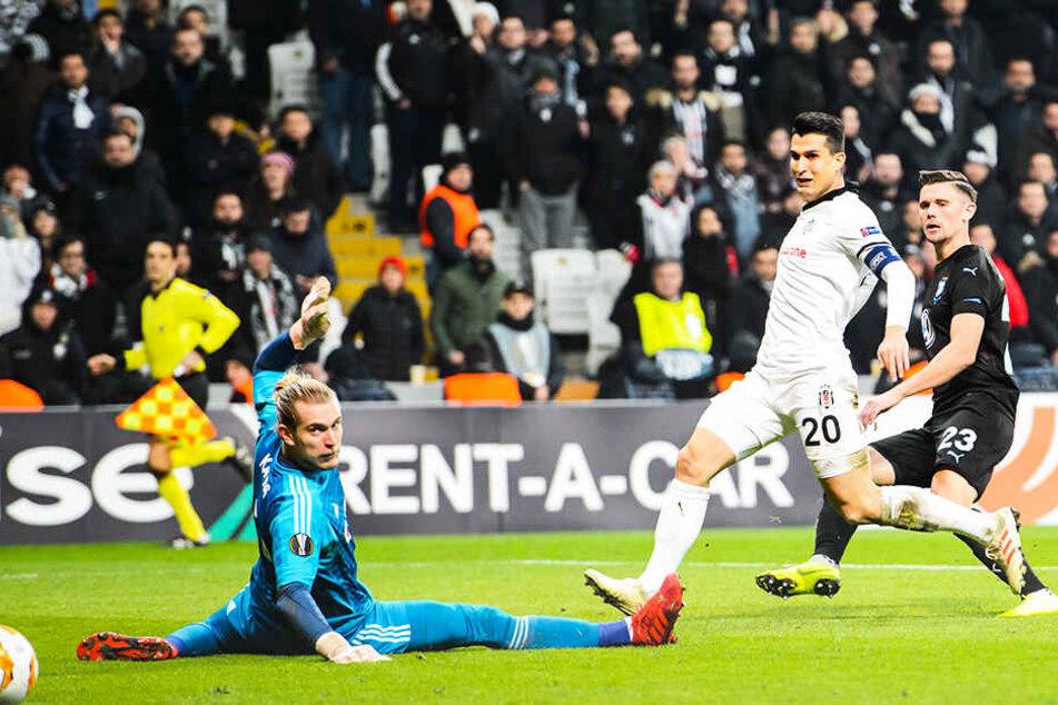 Spielte in dieser Saison erst fünf Mal zu Null: Besiktas-Keeper Loris Karius (l.).