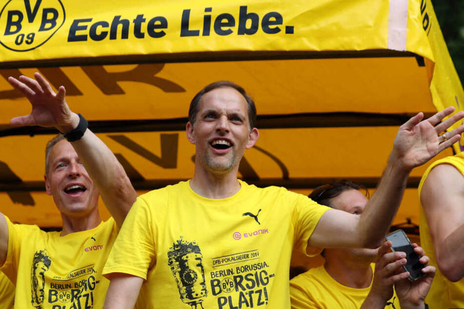 Nach dem Pokalsieg und der direkten Qualifikation für die Champions League muss Thomas Tuchel in Dortmund gehen.