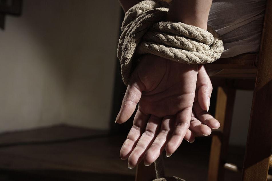 Geiselnahme-Drama! Freundin misshandelt und in Auto gezerrt