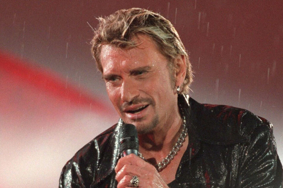 Seine Gesangskarriere ist in Frankreich unbestritten.