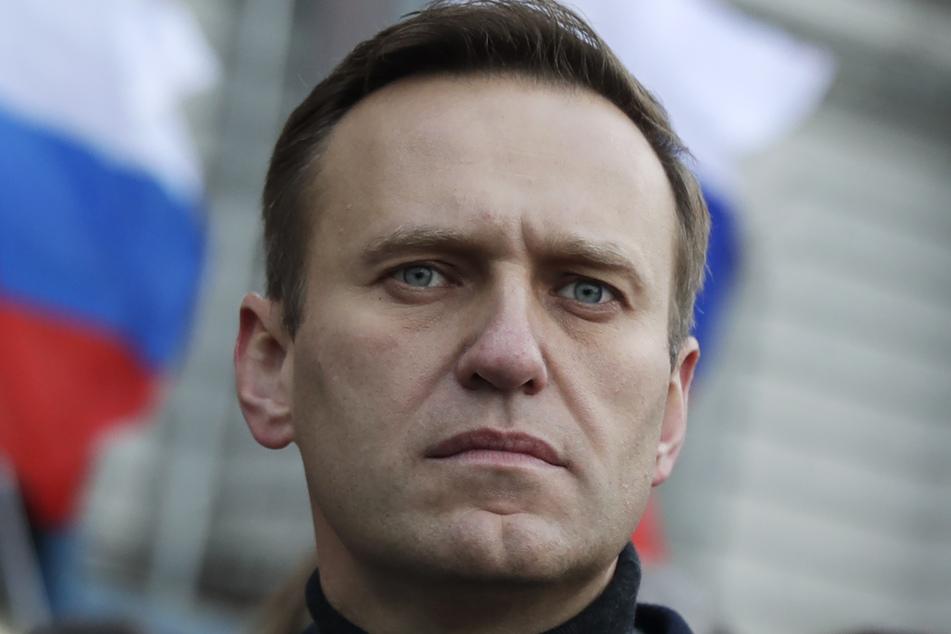 Alexei Nawalny (44) nimmt an einem Gedenkmarsch für den Kremlkritiker Boris Nemzow teil.