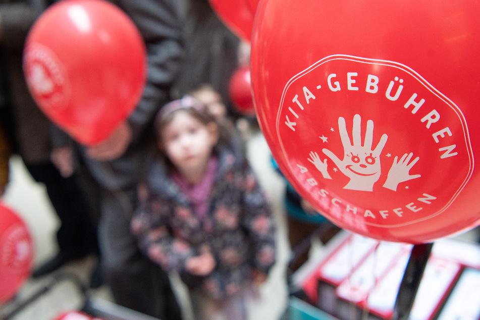 Die Fraktion Thüringer-Linken will die Kita-Gebühren für alle Drei- bis Sechsjährigen abschaffen. Doch das Vorhaben ist mit erheblichen finanziellen Aufwand verbunden. (Archivbild)