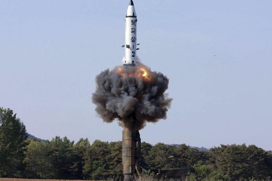 Nordkorea konnte eine Interkontinentalrakete erfolgreich testen. (Symbolbild)