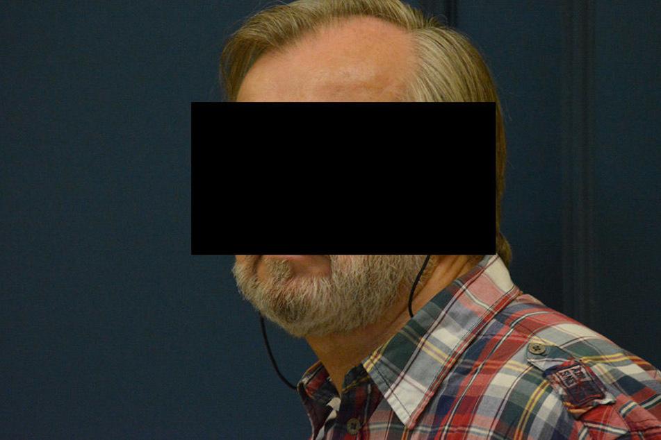 Peter V. (61) verursachte einen Unfall, bei dem ein Biker starb. Dafür wurde  er verurteilt.