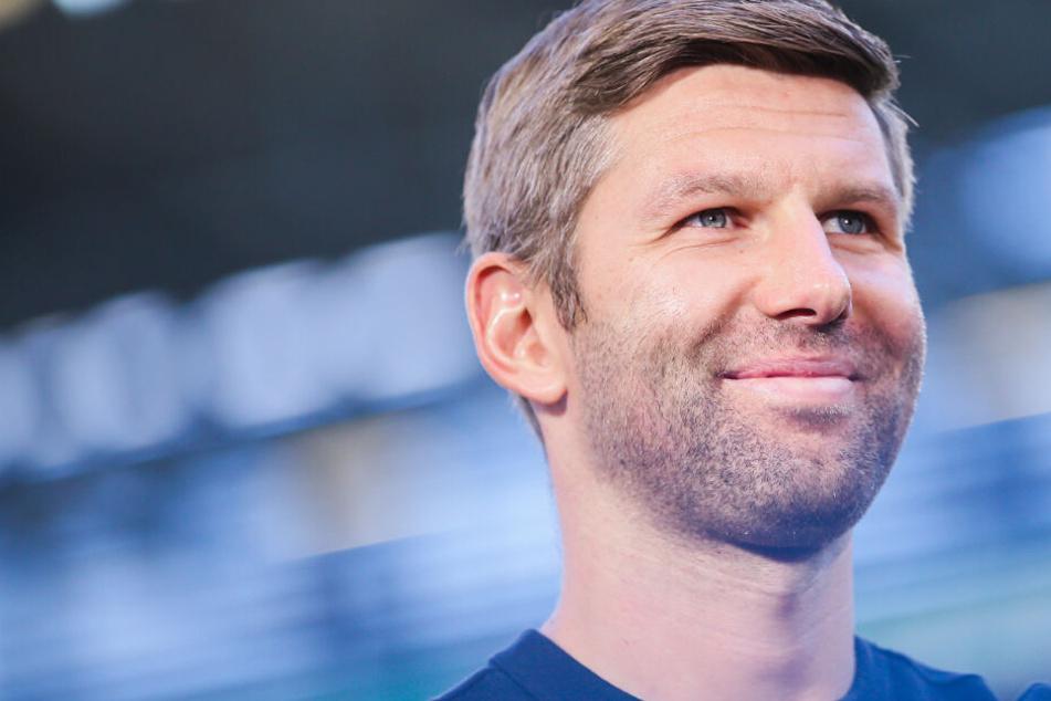 Grinst sich eins: VfB-Sportvorstand Thomas Hitzlsperger.