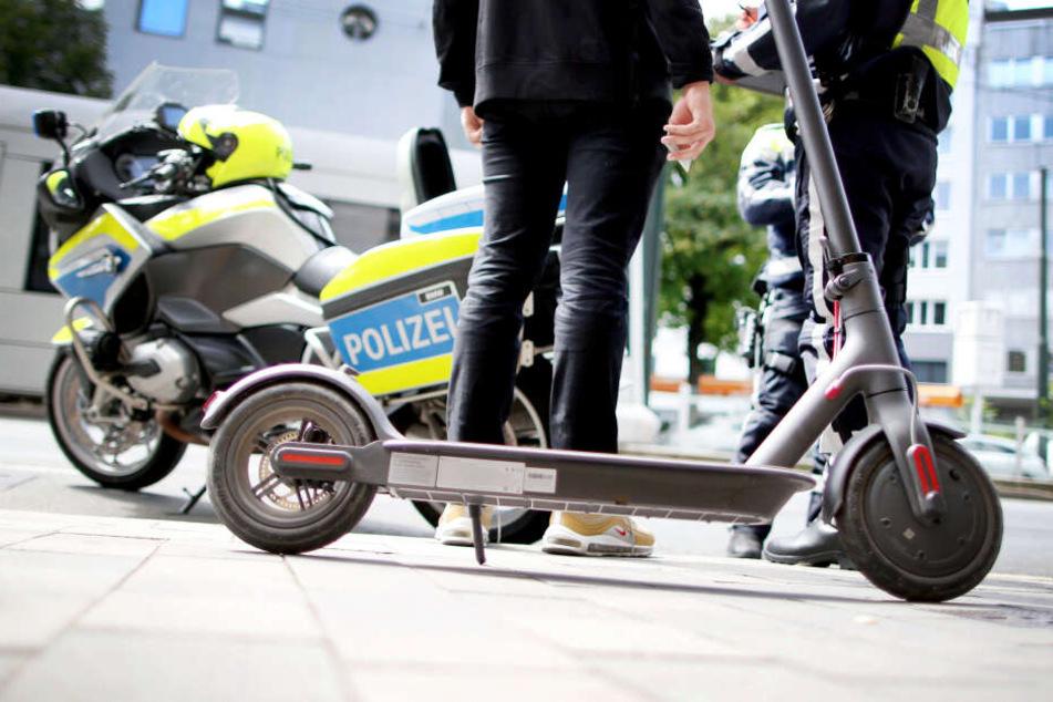 Vor allem rund um das Oktoberfest schnappte die Polizei betrunkene E-Scooter-Fahrer. (Symbolbild)