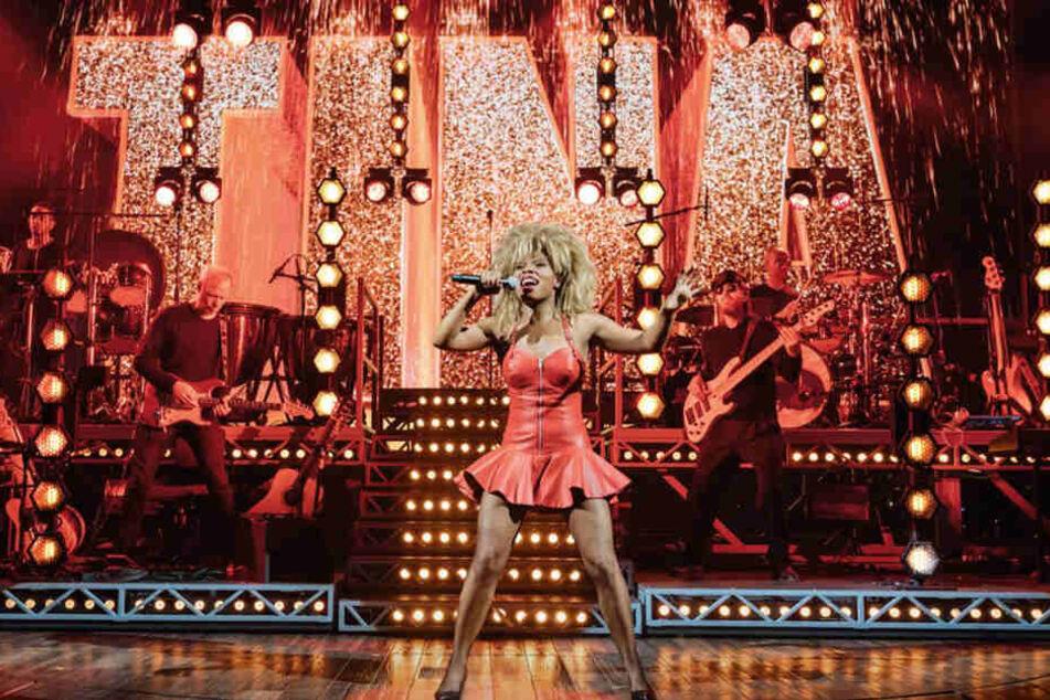 Kristina Love (29) unschlagbar als Tina Turner.