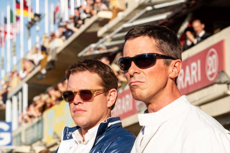 Ken Miles (r., Christian Bale) und Carroll Shelby (Matt Damon) stehen vor einer Herkulesaufgabe.