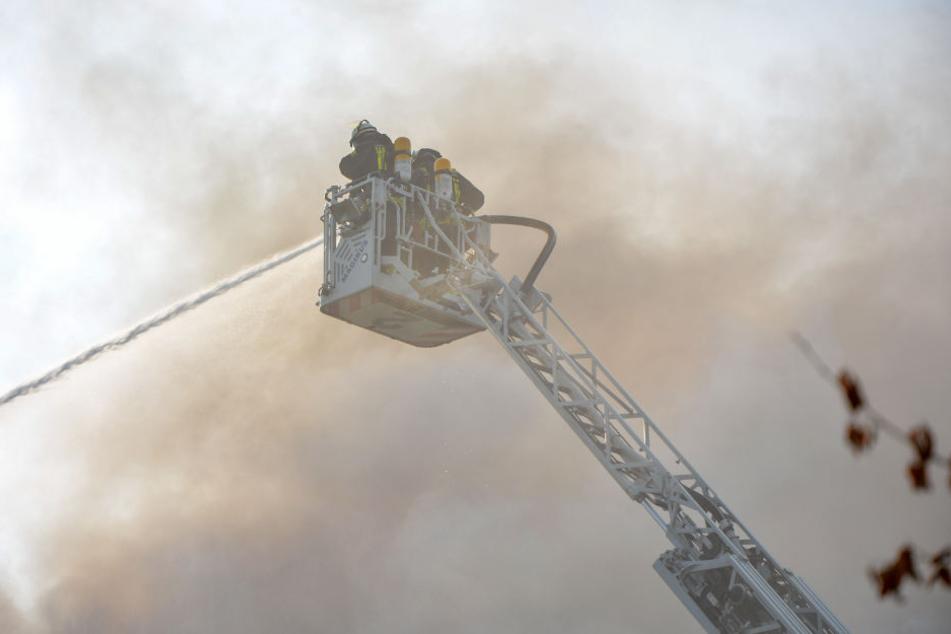 Vier Stunden war die Feuerwehr im Einsatz.
