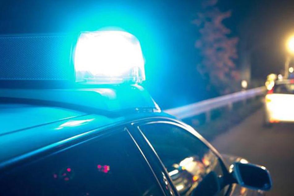 Als die Polizei das Auto kontrollieren wollte, gab der Fahrer Gas.