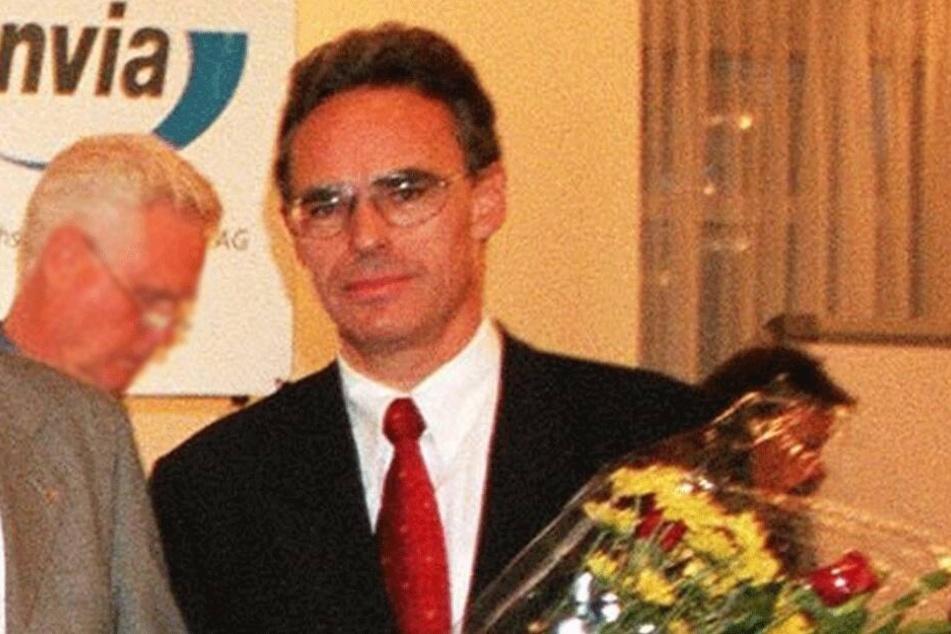 Alfons Hueber holen seine früheren Aktivitäten in der NPD-Jugendorganisation ein.