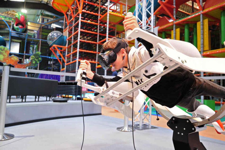 """Auch Teil von """"Fundora"""": der Virtual-Reality-Flug- und Tauchsimulator."""