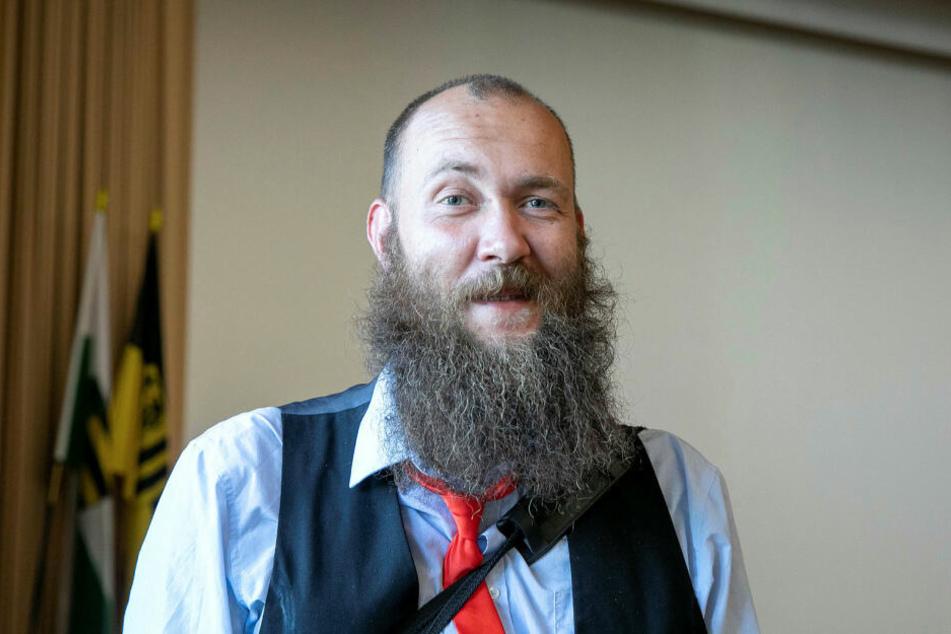 Maximilian Aschenbach (34) sitzt seit September für die PARTEI im Stadtrat.