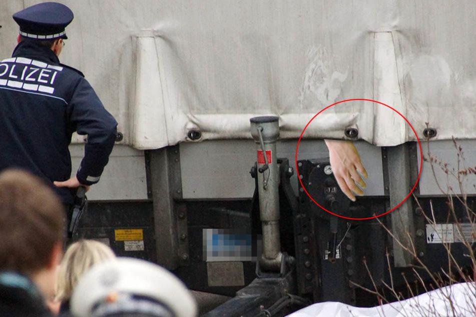 Eine Hand hing aus einem Lkw heraus. (Symbolbild)