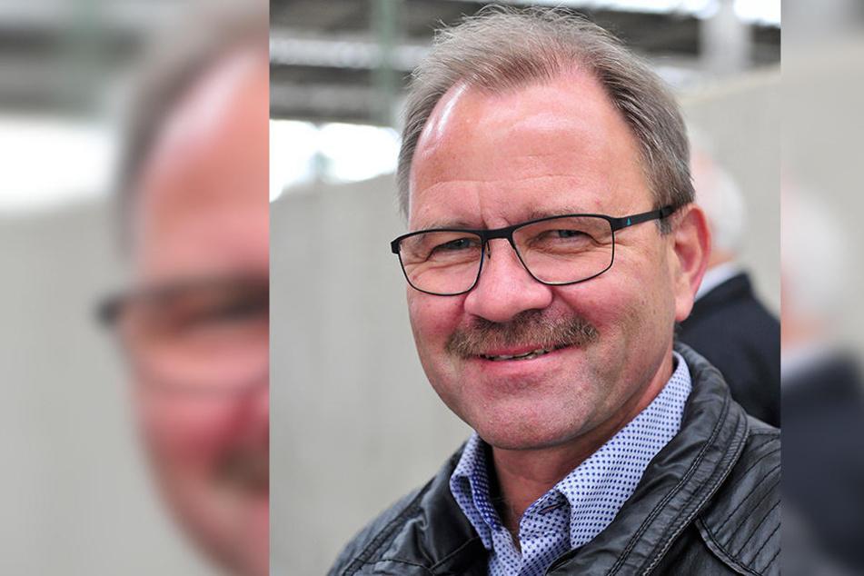 Erzgebirgsbahn-Chef Lutz Mehlhorn (56) muss sich drei Triebwagen borgen.