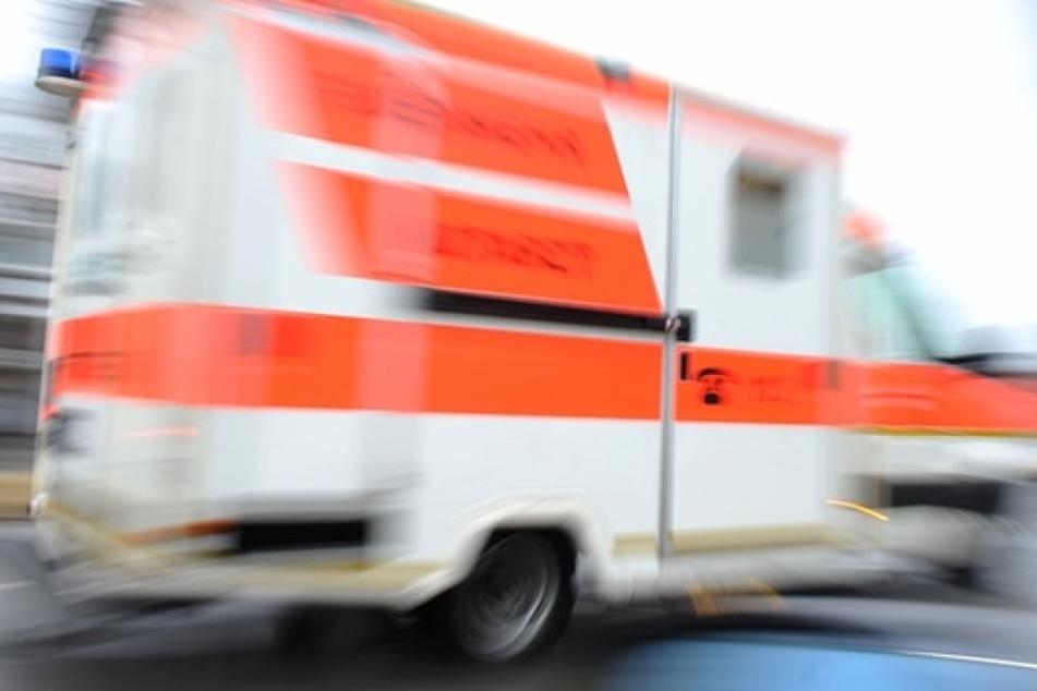 Tragischer Unfall: 82-Jähriger tötet seine Frau beim Rückwärtsfahren