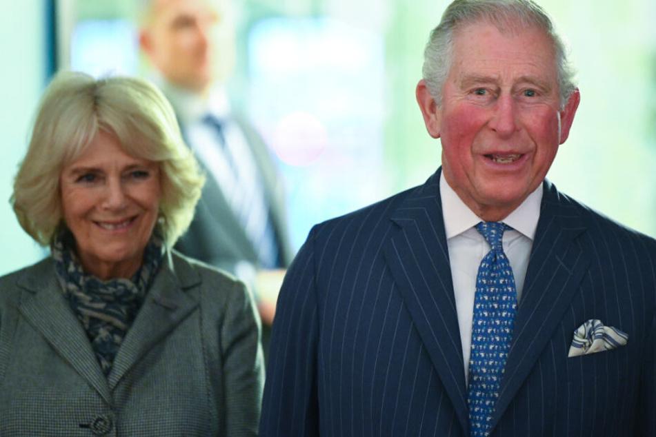 Prinz Charles (r.) und seine Frau Camilla (l.) statten München einen Besuch ab.