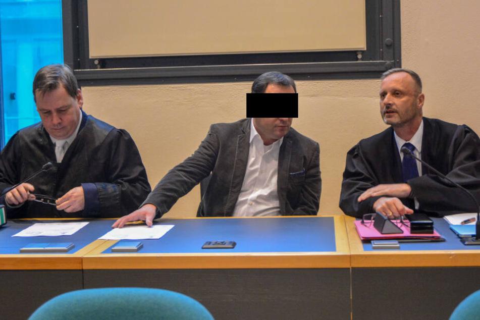 Geliebte tot: Arzt mit Koks-Penis muss neun Jahre hinter Gitter