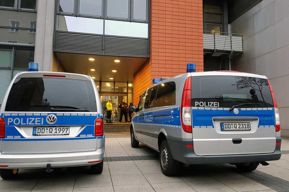 Sechs Drohungen in vier Wochen: Chemnitzer Bombendroherin lässt Prozess-Auftakt platzen