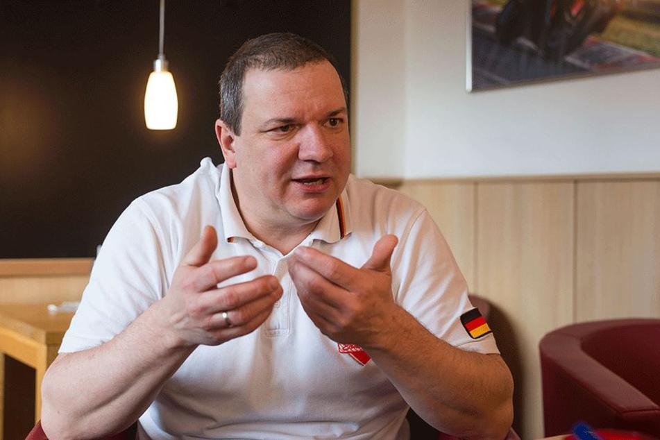 Handwerkspräsident Roland Ermer (53, CDU) hält nichts vom Koalitionsvertrag. Er ist Delegierter beim entscheidenden Bundesparteitag.