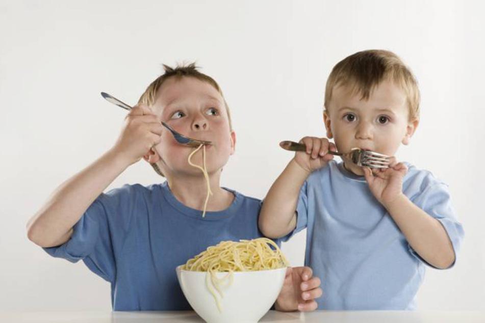;Mit soviel Abenteuer macht Spaghetti-Essen doch gleich doppelt Spaß.